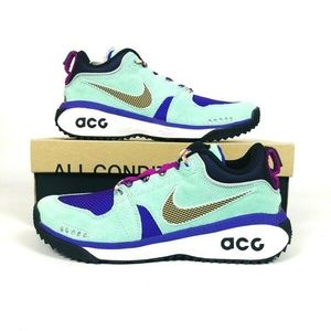 competitive price bb3ae f15ef Nike ACG Dog Mountain Emerald Rise